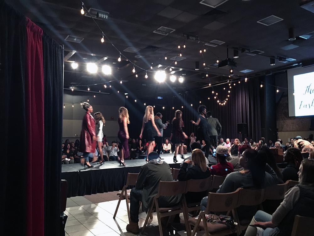 vintage fashion show at ysu