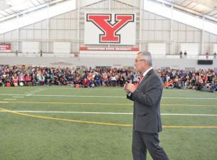 President Tressel at YSU crash day