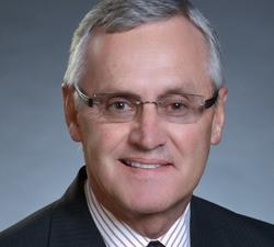 Headshot of YSU President Jim Tressel